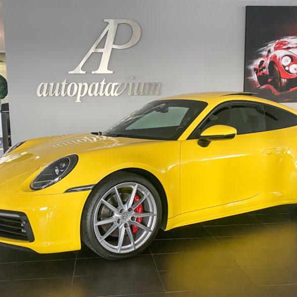 Porsche 992 Carrera 4S giallo racing Iva esposta