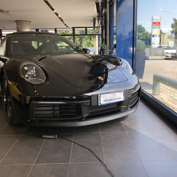 Porsche 992 Carrera 4s nero jet metallizzato Iva esposta